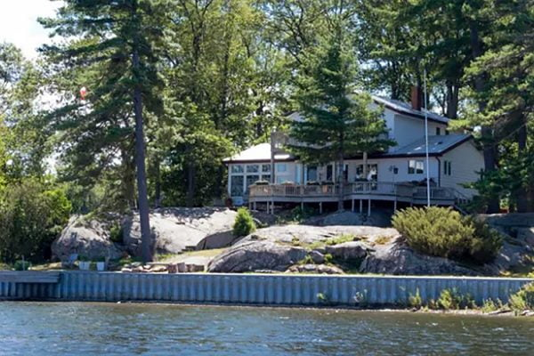 Buying a Home in Tobermory